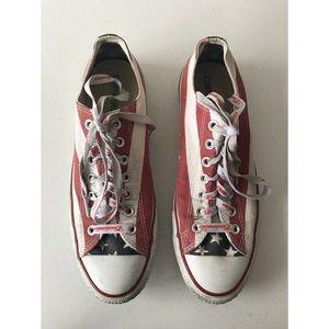 Converser Unisex Low Top Sneakers